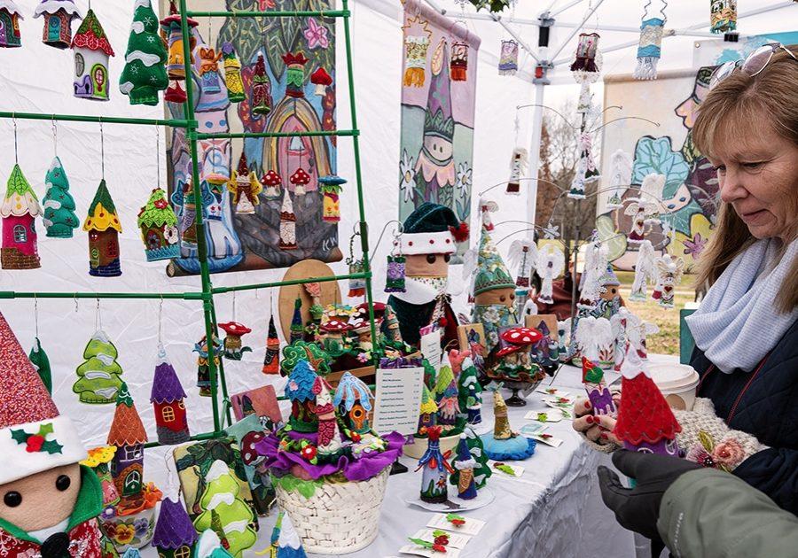 winter holiday market